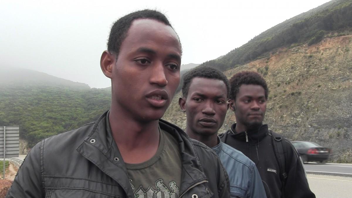 En Yahya, durant l'entrevista en una carretera del Marroc, a prop de la tanca de Ceuta