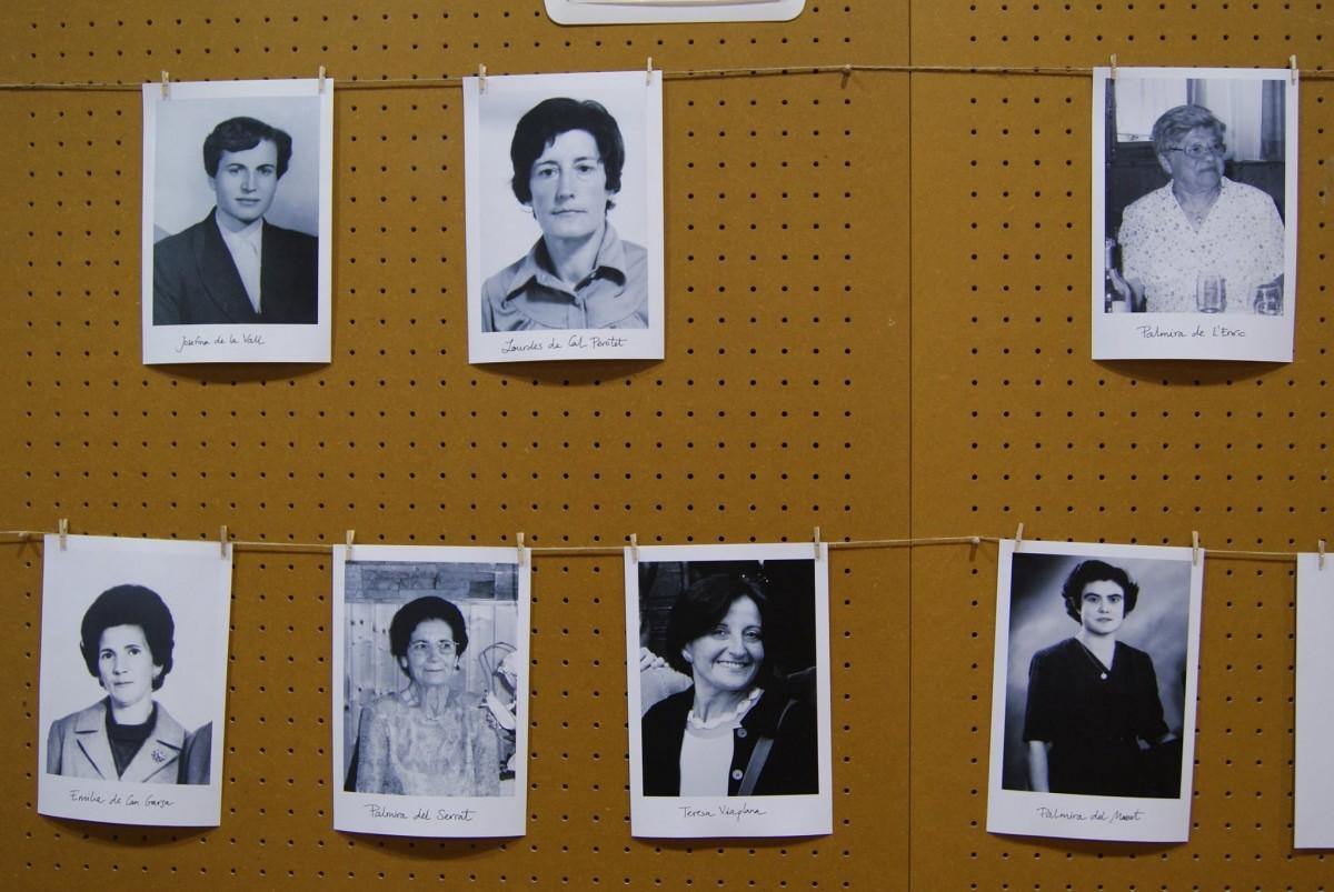 Imatges de dones a l'acte d'homenatge a les dones silenciades d'Alpens