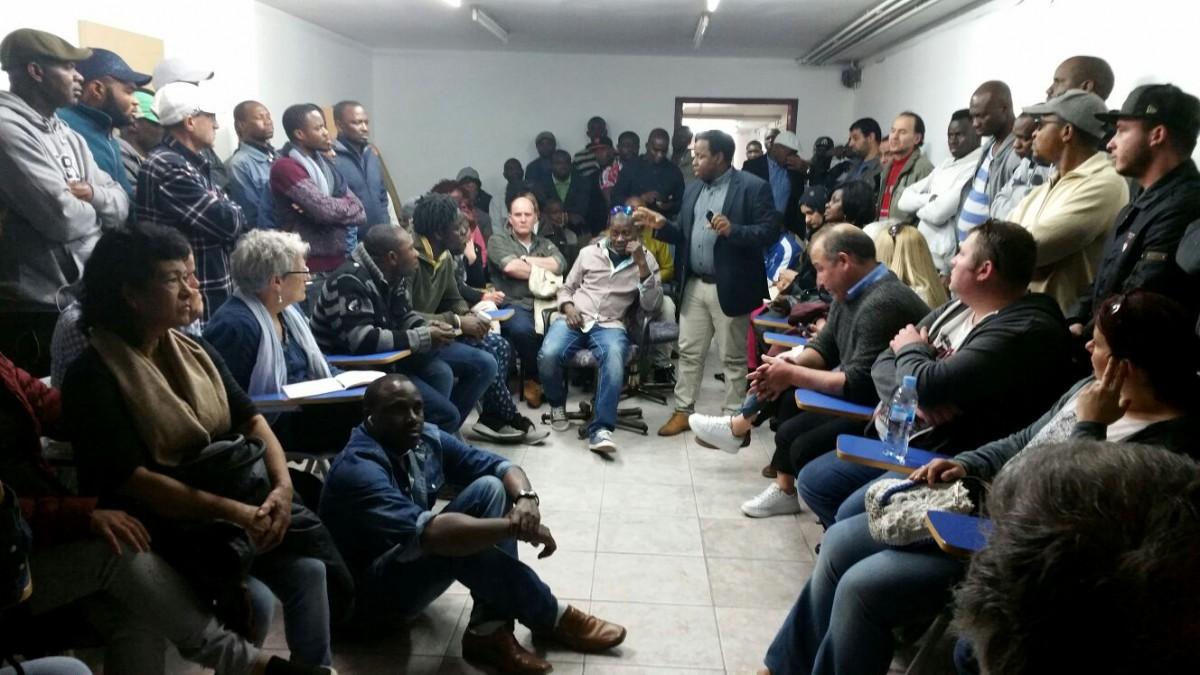 Assemblea de treballadors de Le Porc Gourmet, pertanyents a dues falses cooperatives