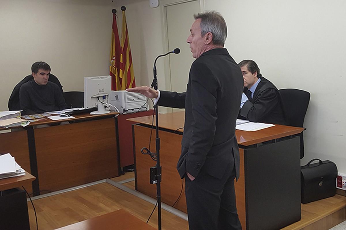 Josep Anglada declarant en un judici anterior