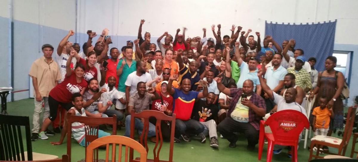Treballadors de TAIC a l'assemblea que va fer-se a Saragossa dissabte passat