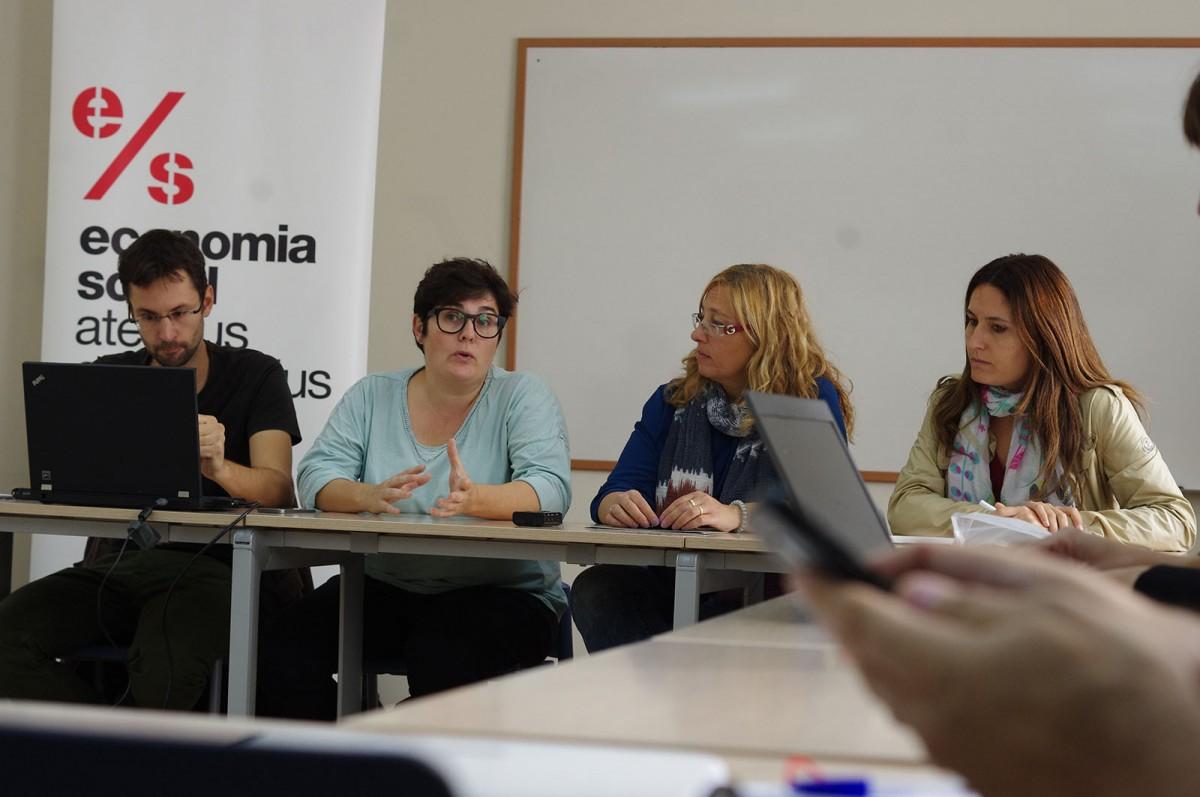 Bernat Marquilles, Alba Rojas, Rosa Pujols i Laura Vilagrà, a la presentació d'avui a Berga