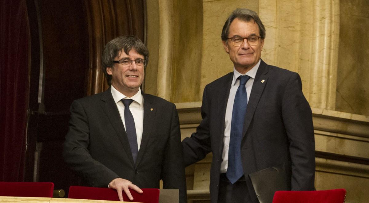Carles Puigdemont i Artur Mas, ahir al Parlament