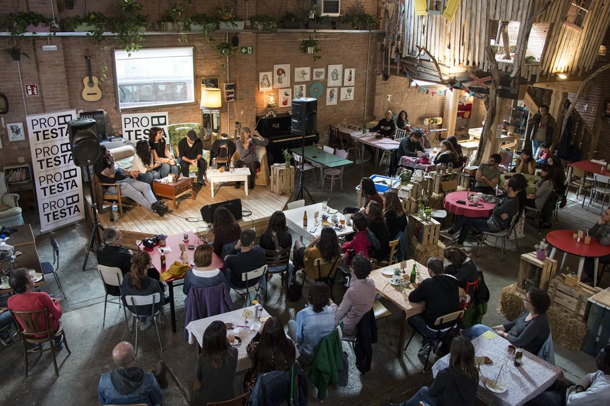 Sessió sobre «Art, cultura i transformació social. Experiències de canvi» a La Reciclària