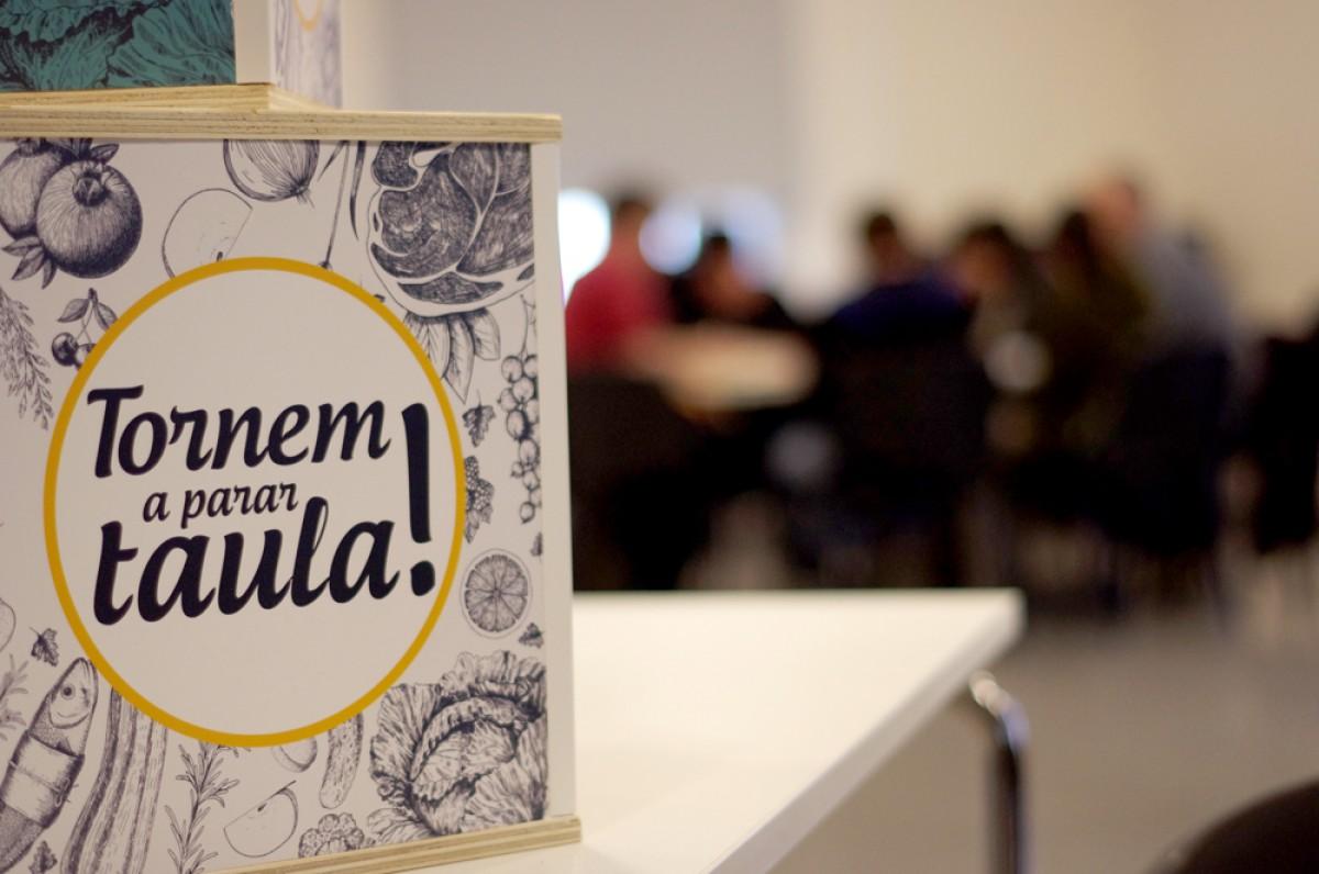 La trobada de Mataró va partir de l'epígraf «Tornem a parar taula»