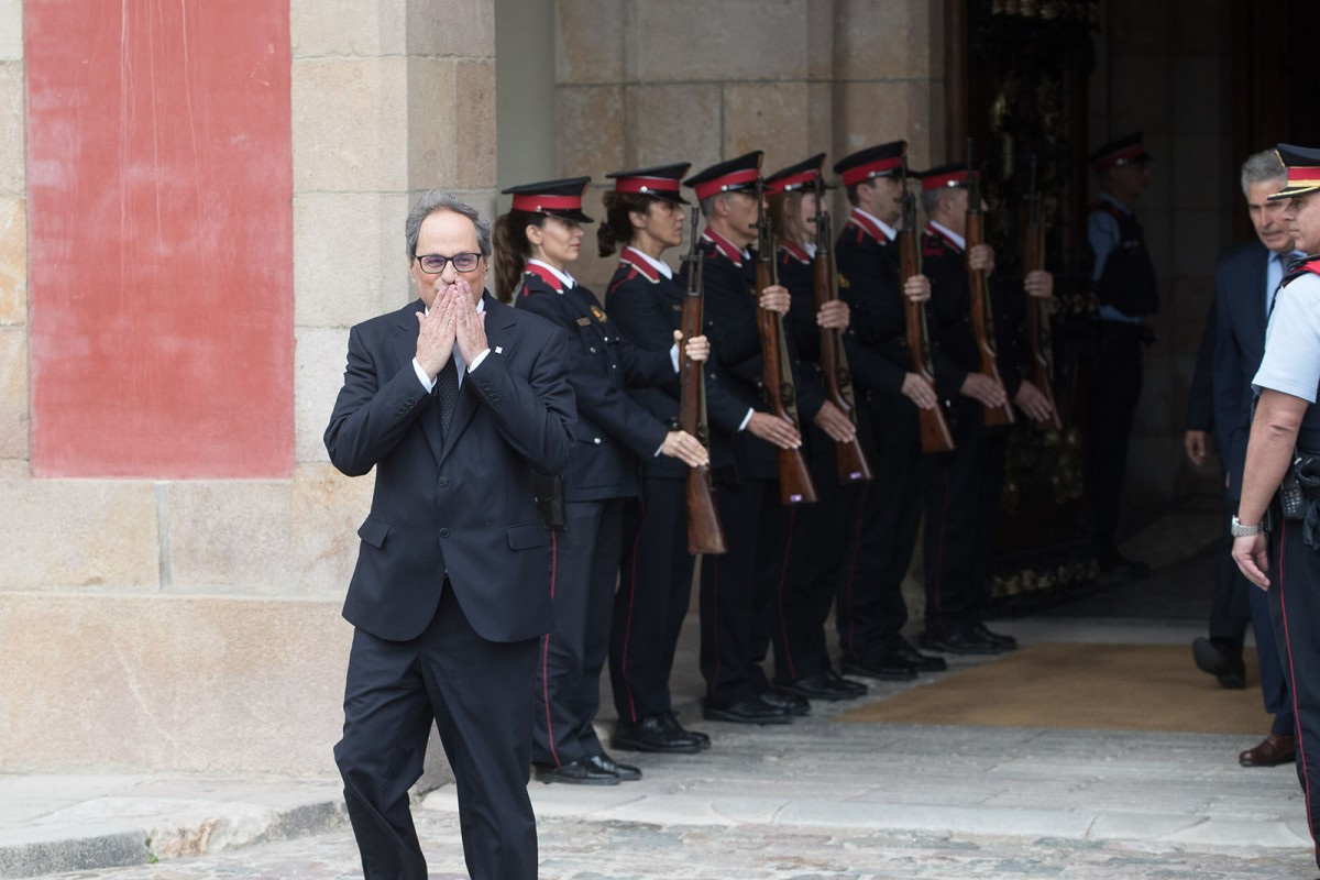 Quim Torra, a la sortida del Parlament després de ser elegit president de la Generalitat