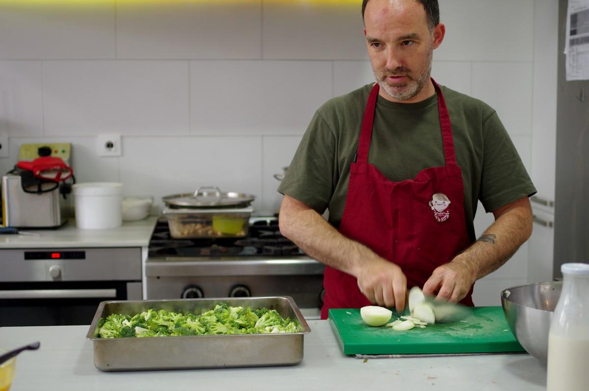 Cuina del Menjador Ca la Rosa de Barcelona, un dels projectes impulsors de la nova etapa de la XAREC
