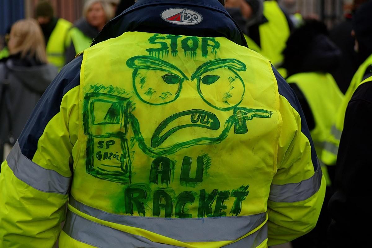 Manifestant del moviment de les armilles grogues