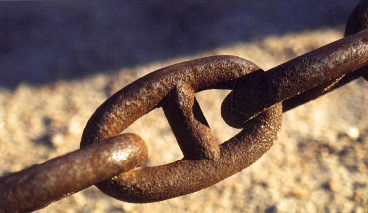 «L'alleugeriment autèntic, si arriba, serà per la destrucció de la cadena i no pel miratge de perdre la por pel camí de la resignació o la indolència»