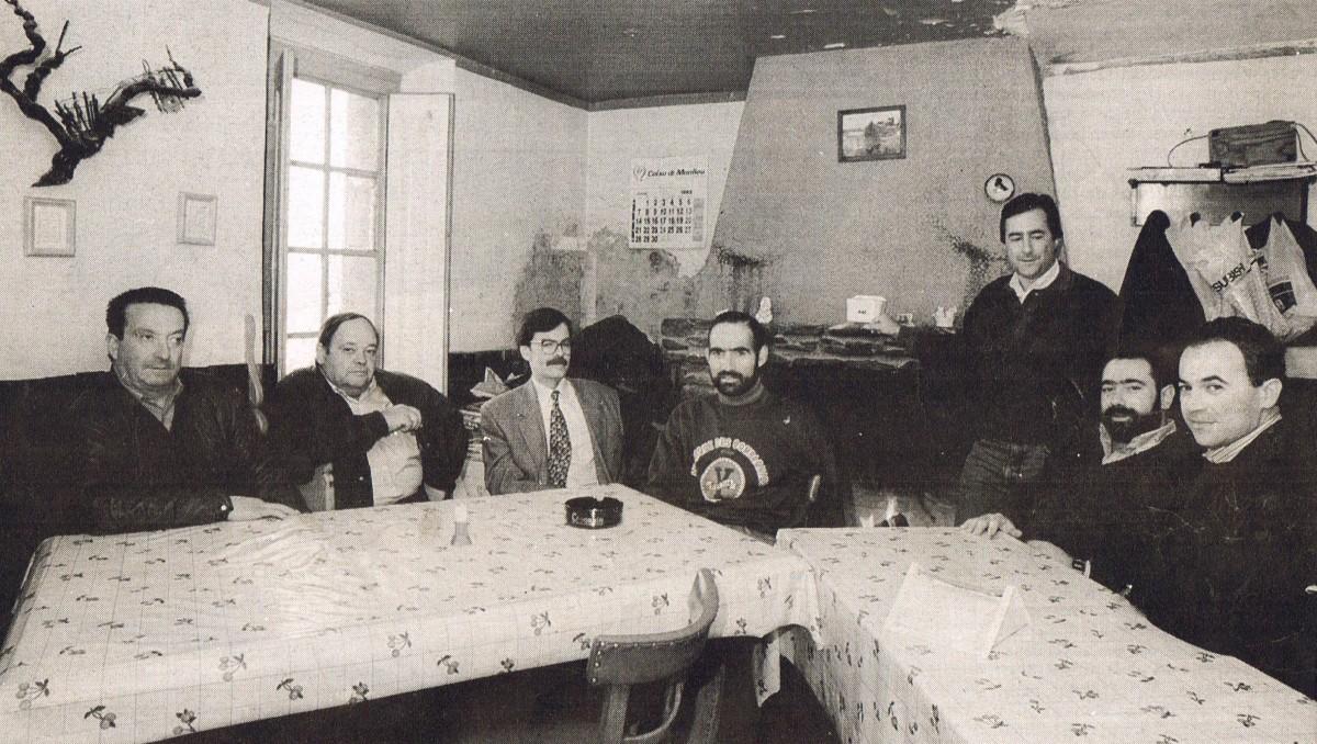 Socis fundadors al restaurant Cal Fuster de Viver i Serrateix, municipi del Berguedà
