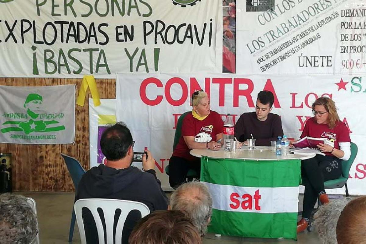 Montse Castañé i Nadia García Camacho, en un dels actes conjunts del SAT i Càrnies en Lluita a Andalusia