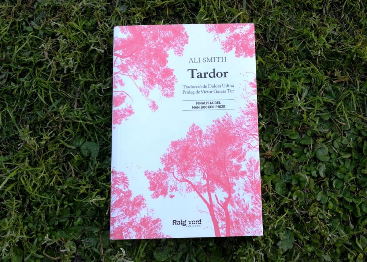 M. Carme Rafecas ressenya 'Tardor' (Raig verd, 2019), d'Ali Smith