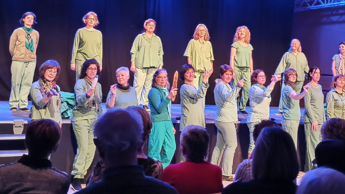 Un moment de la representació de 'Femení plural. Les dones de Puigneró'