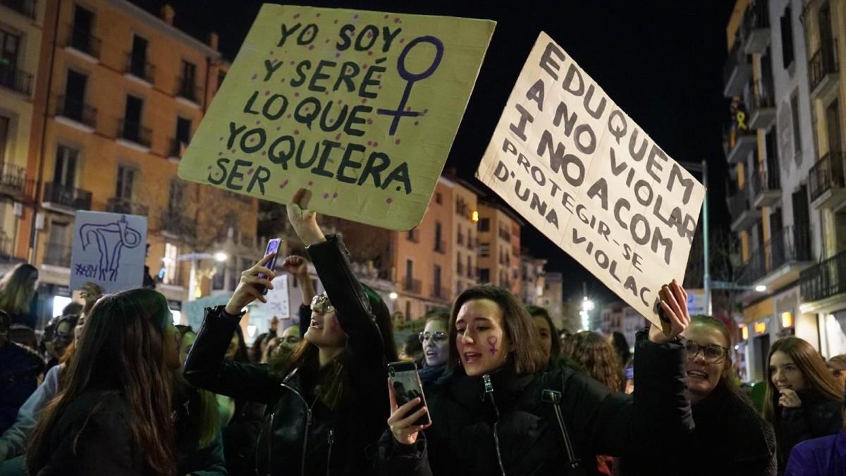 Milers de dones van tornar a desbordar els carrers