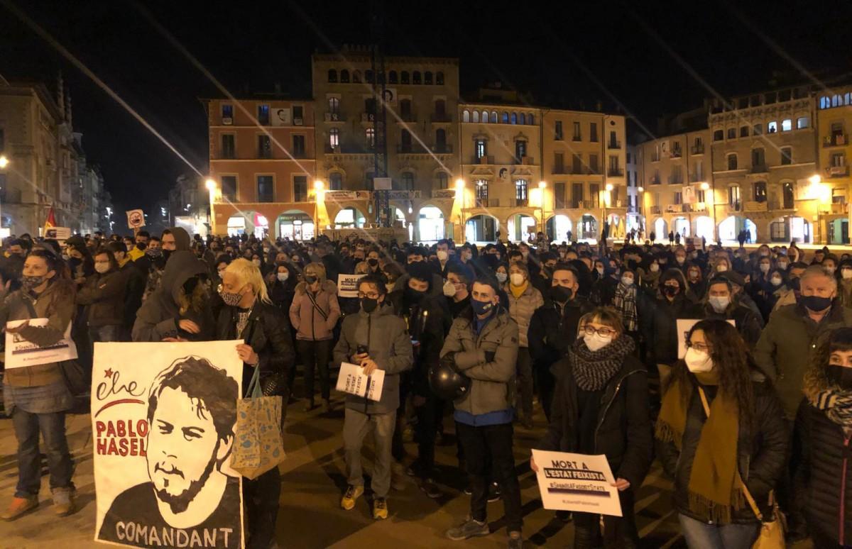 Concentració de protesta contra l'empresonament de Pablo Hasél, dilluns a Vic